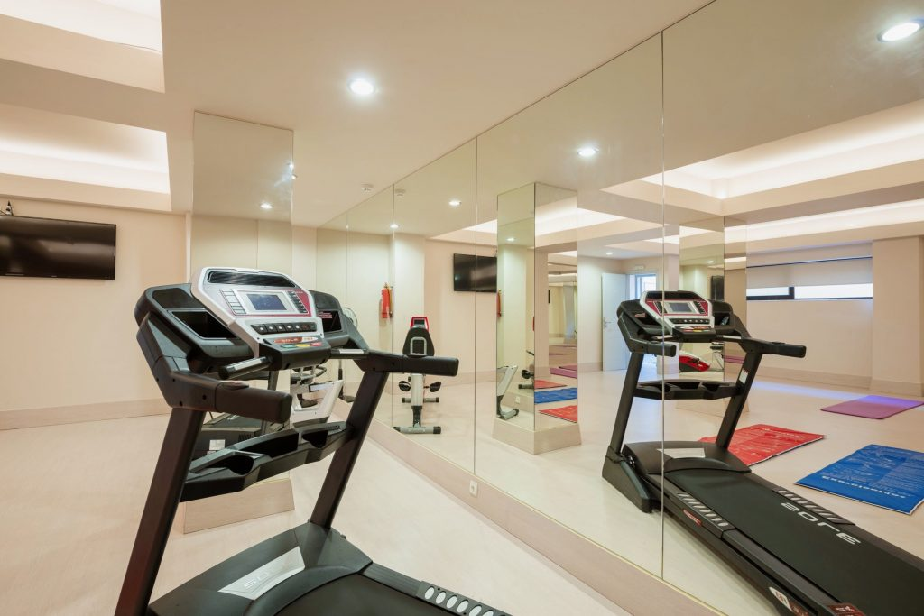 You can tackle the treadmill whilst listening to your favourite music at fitness area of the Blue Dome Hotel in Platanias.